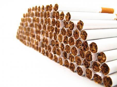اضرار التدخين - لفائف السيجارة