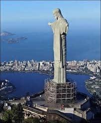 تمثال المسيح الفادي بالبرازيل