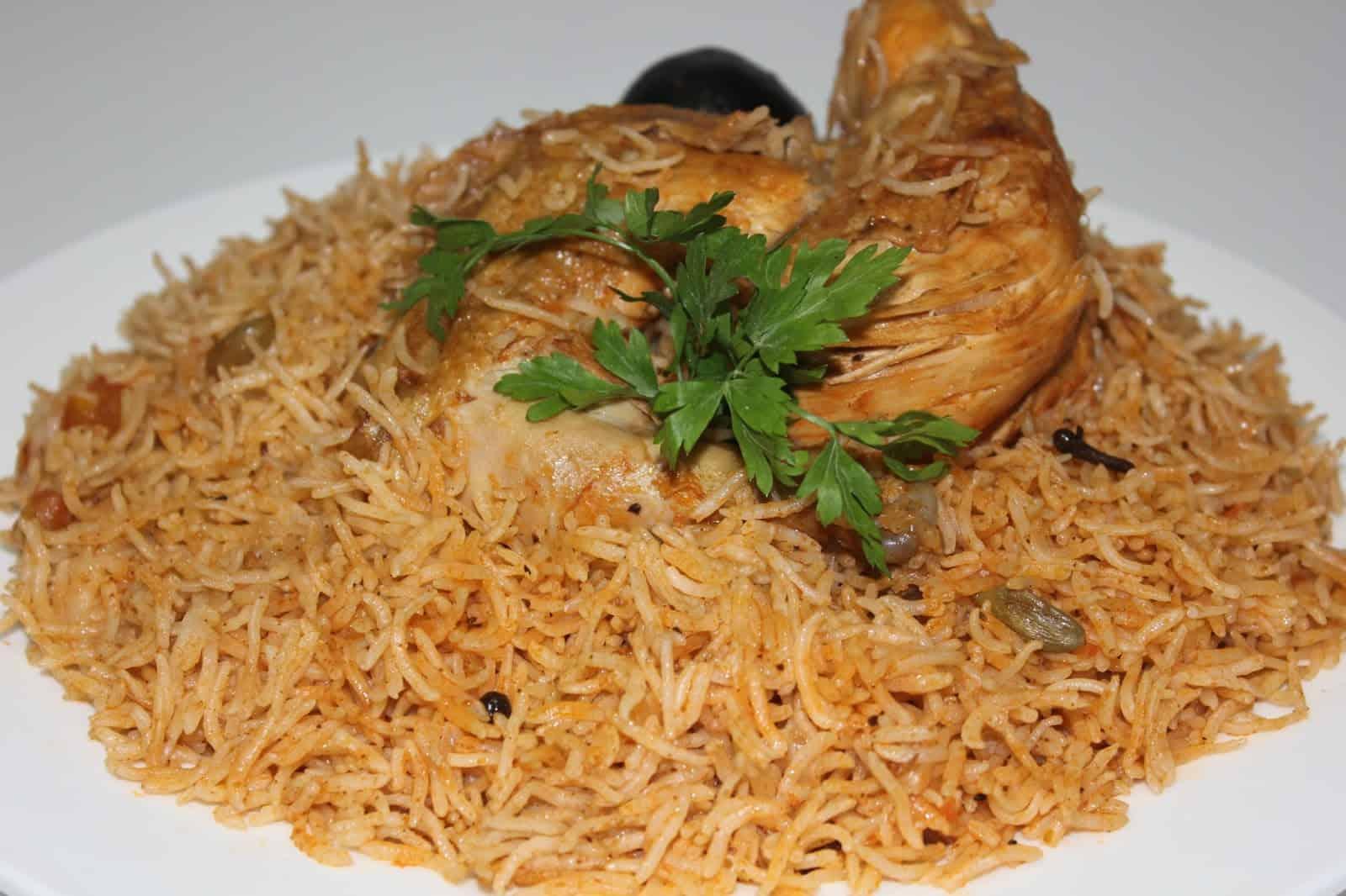 أرز كابلي بالدجاج منال العالم