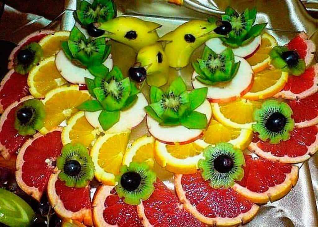 تزيين أطباق الفواكه