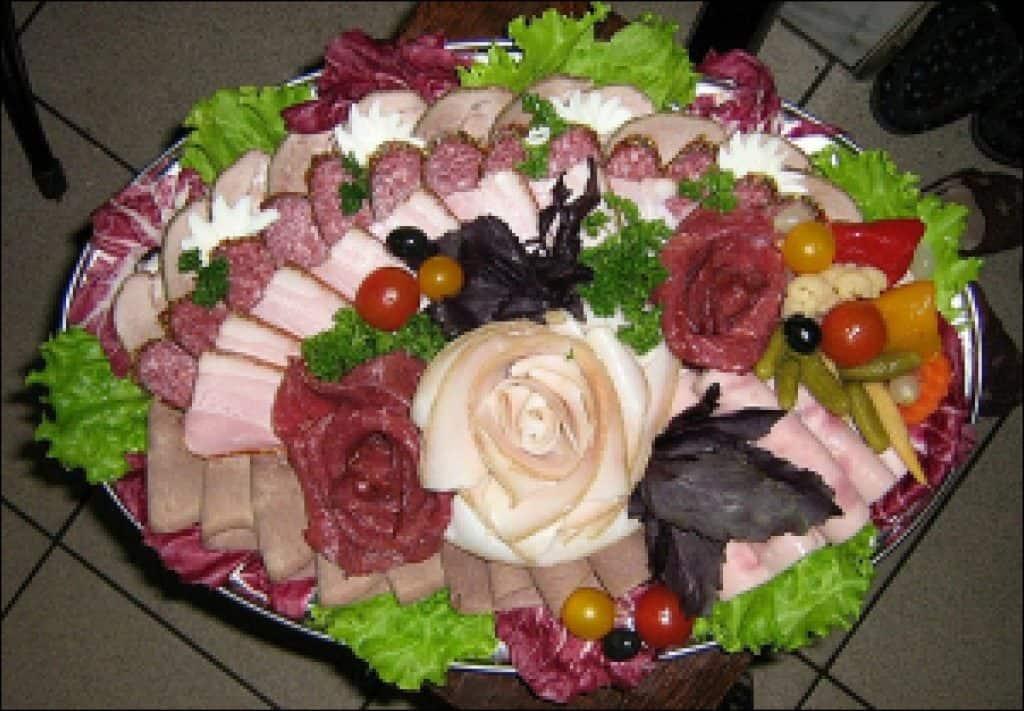 تزيين أطباق اللحوم