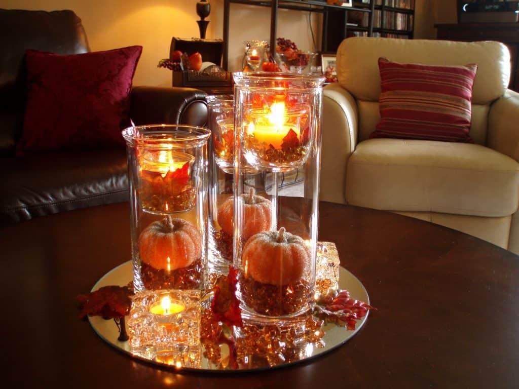 طريقة تزيين المائدة بالشموع