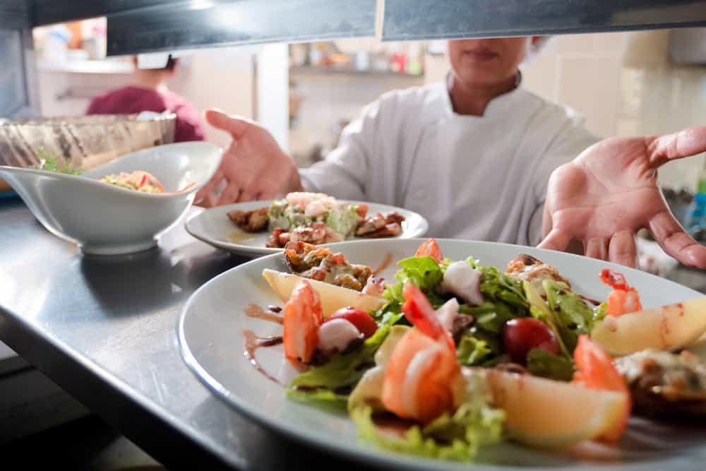 كيف تؤسس مطعم