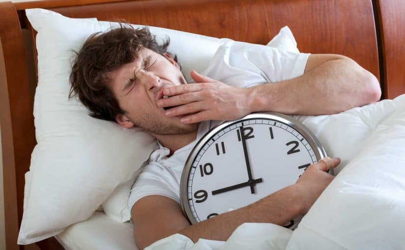 أسباب كثرة النوم والمضاعفات والعلاج