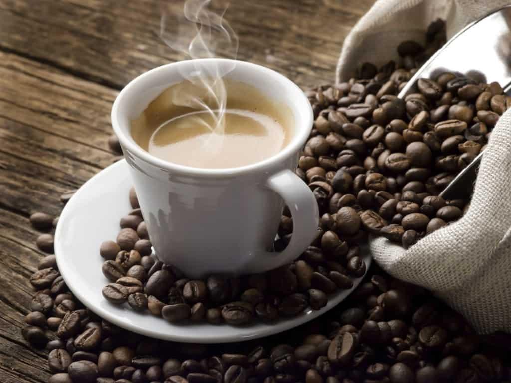 فنجان قهوة عربي كم يساوي سعرات