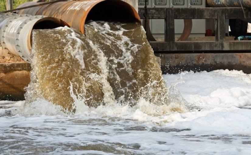 أسباب تلوث الماء ومصادرة مع المراجع - موسوعة
