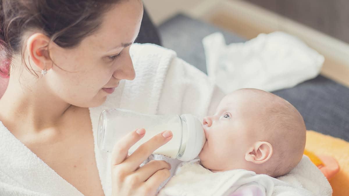 تغذية الرضع