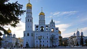 برج أجراس إيفا الكبير في مدينة موسكو روسيا