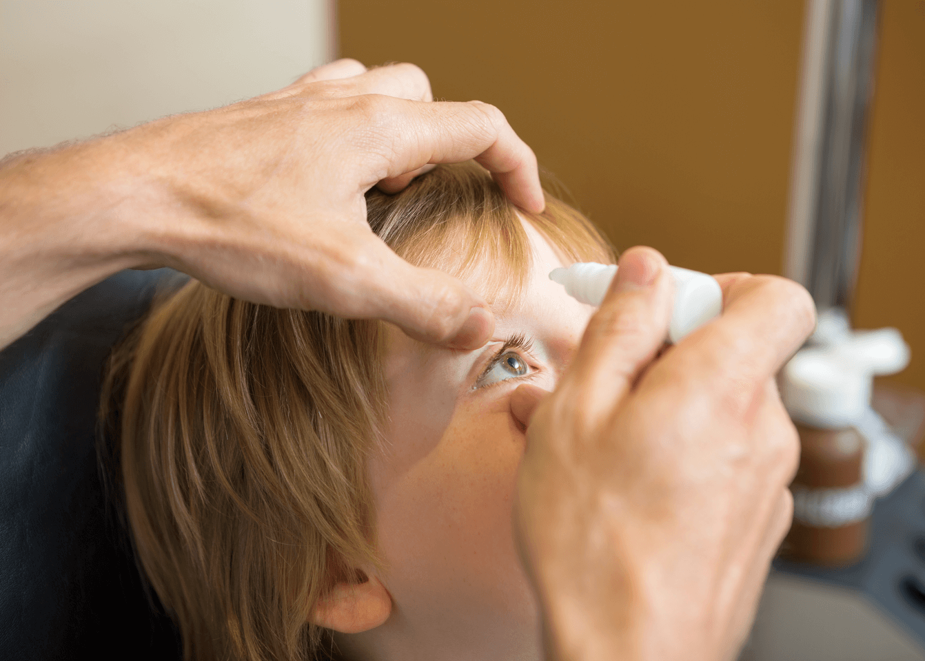 علاج إنحراف العين