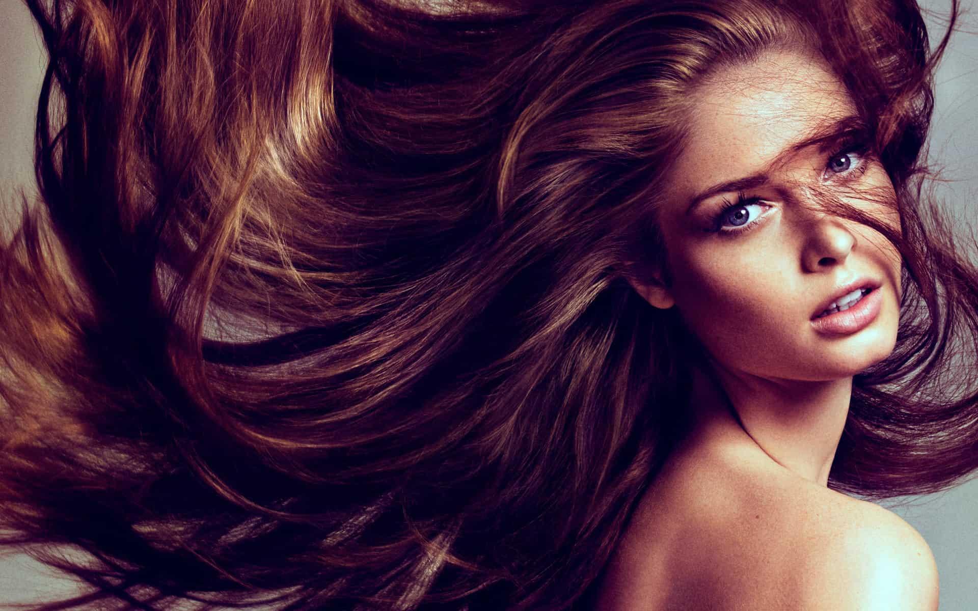أفضل عشبة لتكثيف الشعر