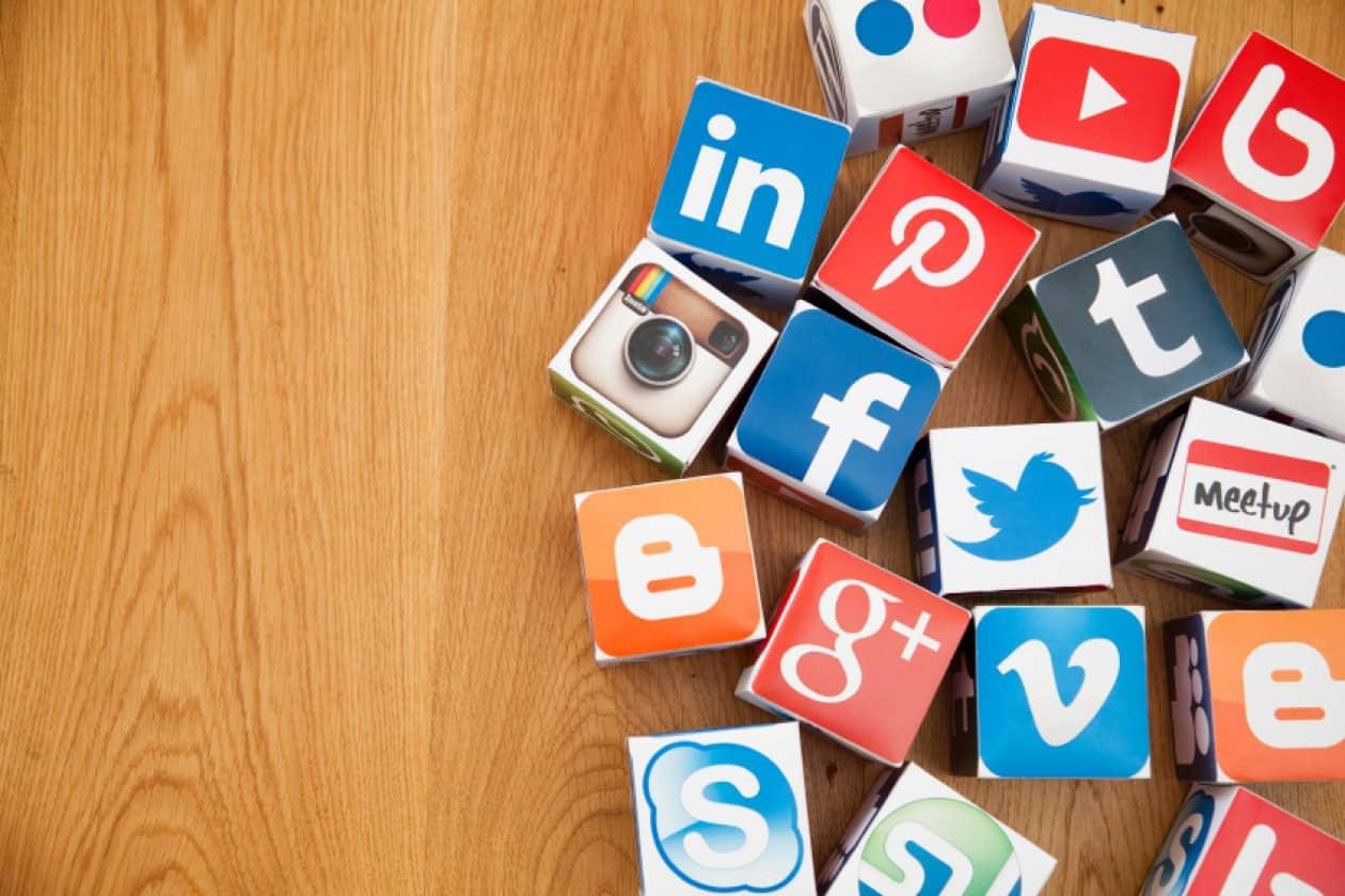 افضل 10 برامج تواصل اجتماعي