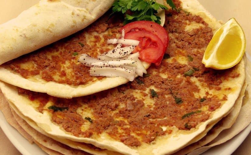 أشهر 10 أكلات سريعة تنتظركم في شوارع اسطنبول