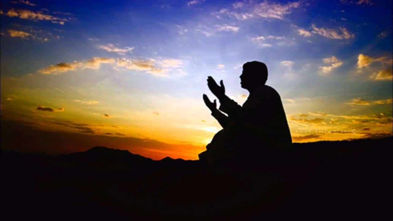 الدعاء للميت بعد الدفن إسلام ويب
