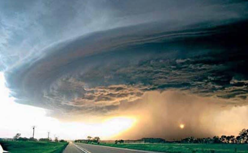 الإعصار في المنام للحامل موسوعة