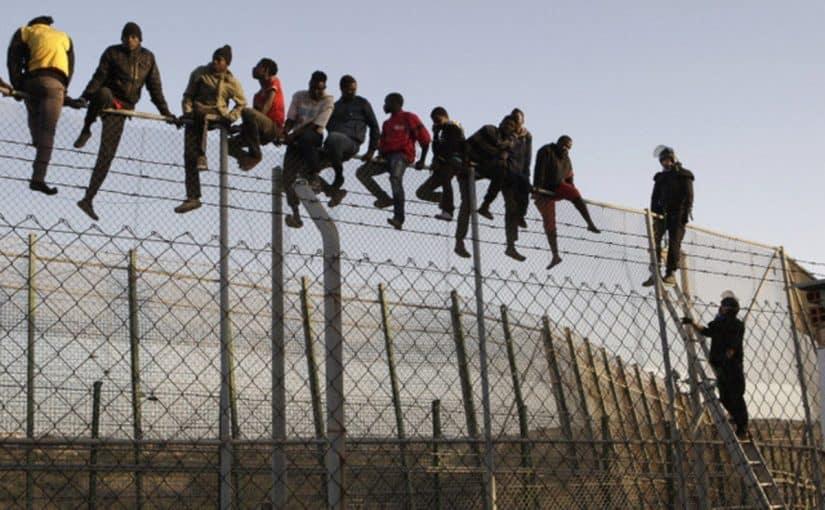 اسباب الهجرة السرية