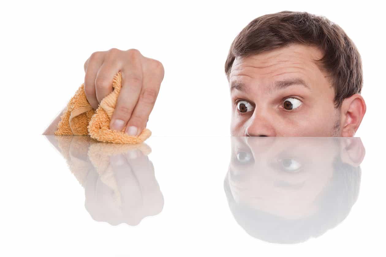 ما هي أعراض الوسواس القهري وأسبابه وعلاجه