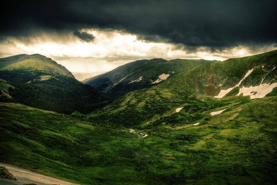 ما تفسير رؤية الجبل الأخضر في المنام - موسوعة