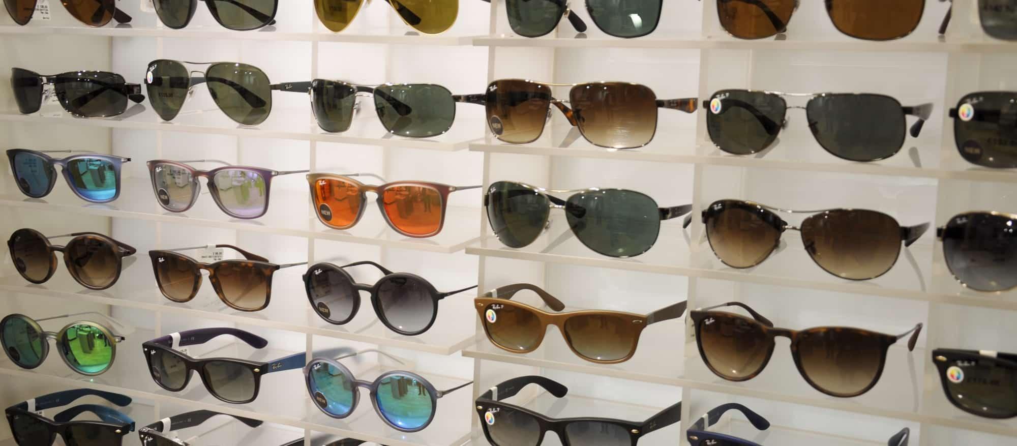c312e460d دليل أرخص محل نظارات شمسية في الرياض ، في مدينة الرياض الكثير من المحلات  التي تقوم ببيع النظارات الشمسية المختلفة في الأشكال والماركات، وقد يبحث  الكثير على ...