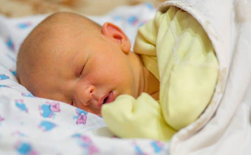 علاج الصفار عند الاطفال حديثى الولادة