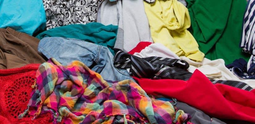 تفسير حلم الملابس والاحذيه القديمة