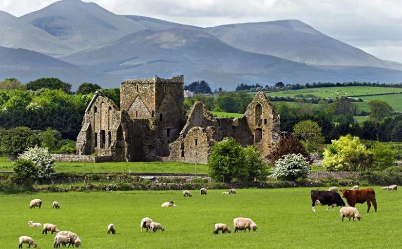 السفر إلي ايرلندا
