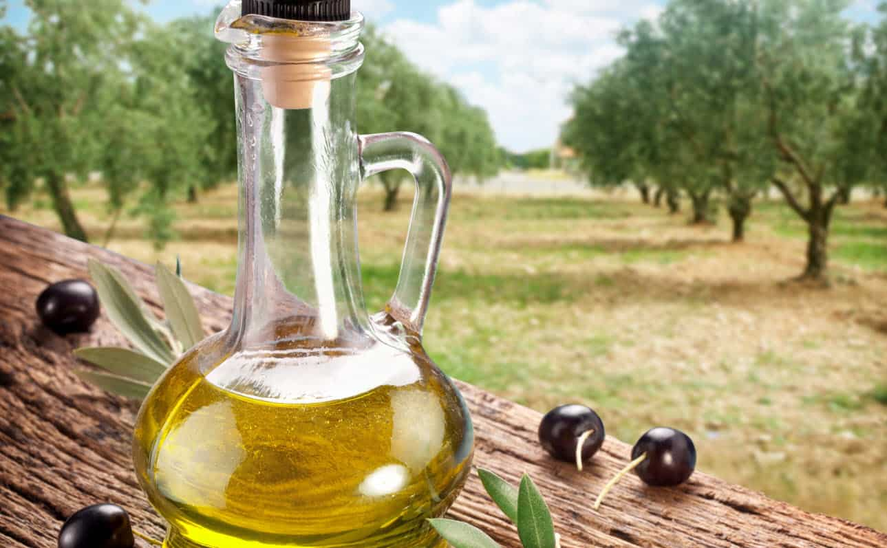 فوائد دهن الخصية بزيت الزيتون