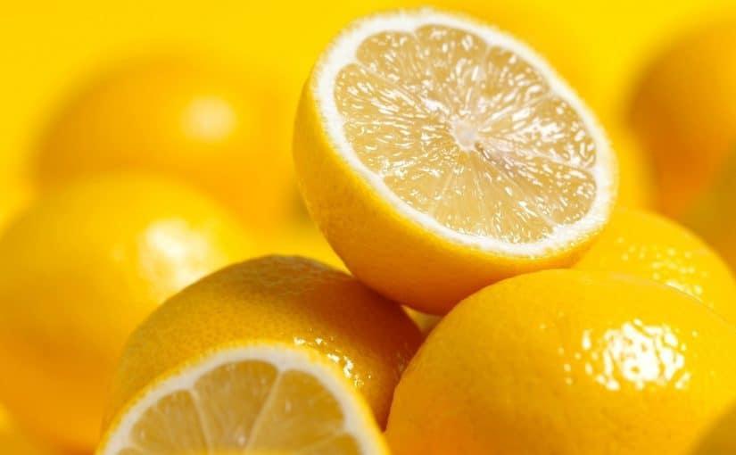 الليمون للبشرة الدهنية