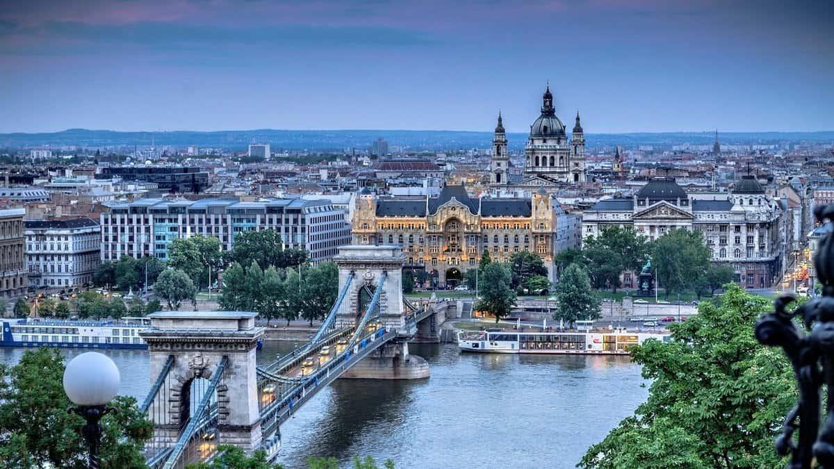 مدينة بودابيست