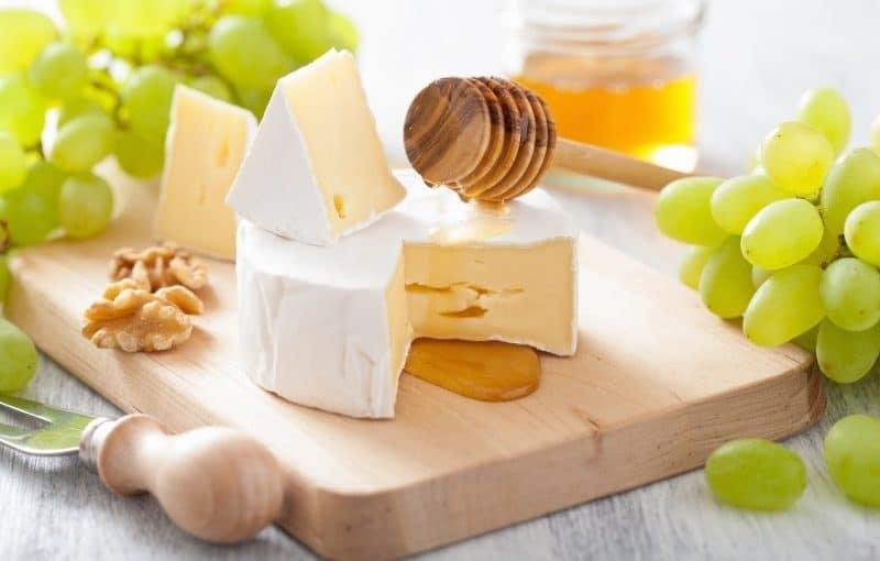 تفسير رؤية الجبن فى المنام للعزباء موسوعة