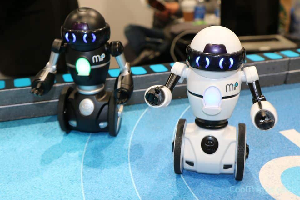 ما هي استخدامات الروبوت – فوائد الإنسان الألي