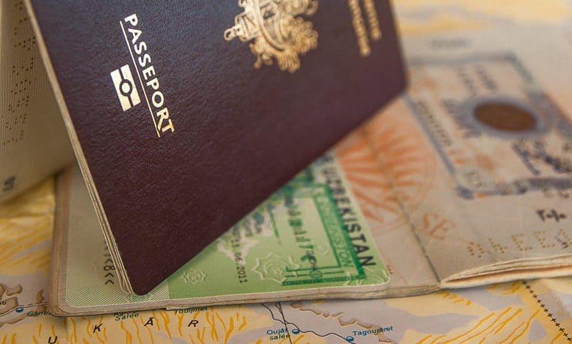الفرق بين تأشيرة الخروج والعودة المفردة والمتعددة