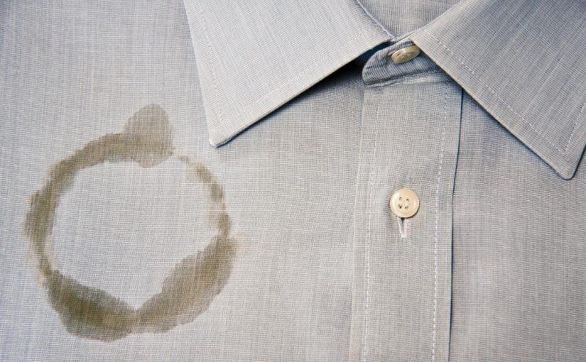 ازالة بقع الزيت من الملابس