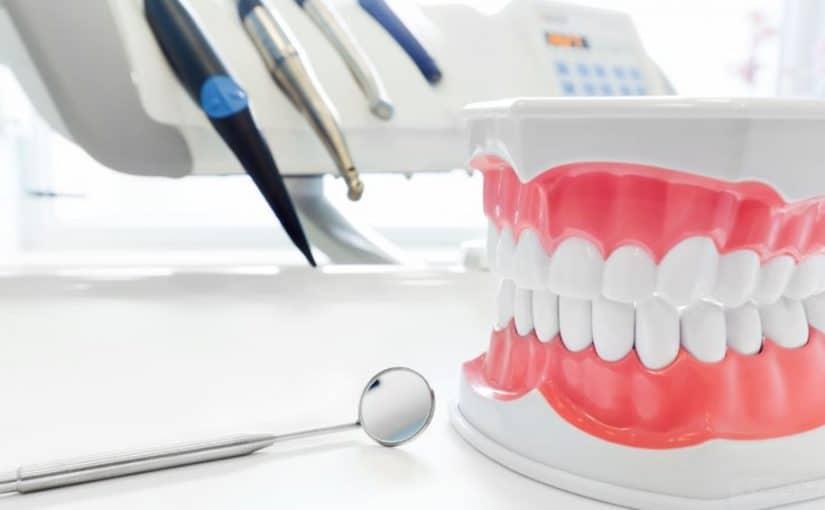 اضرار عدسات الاسنان