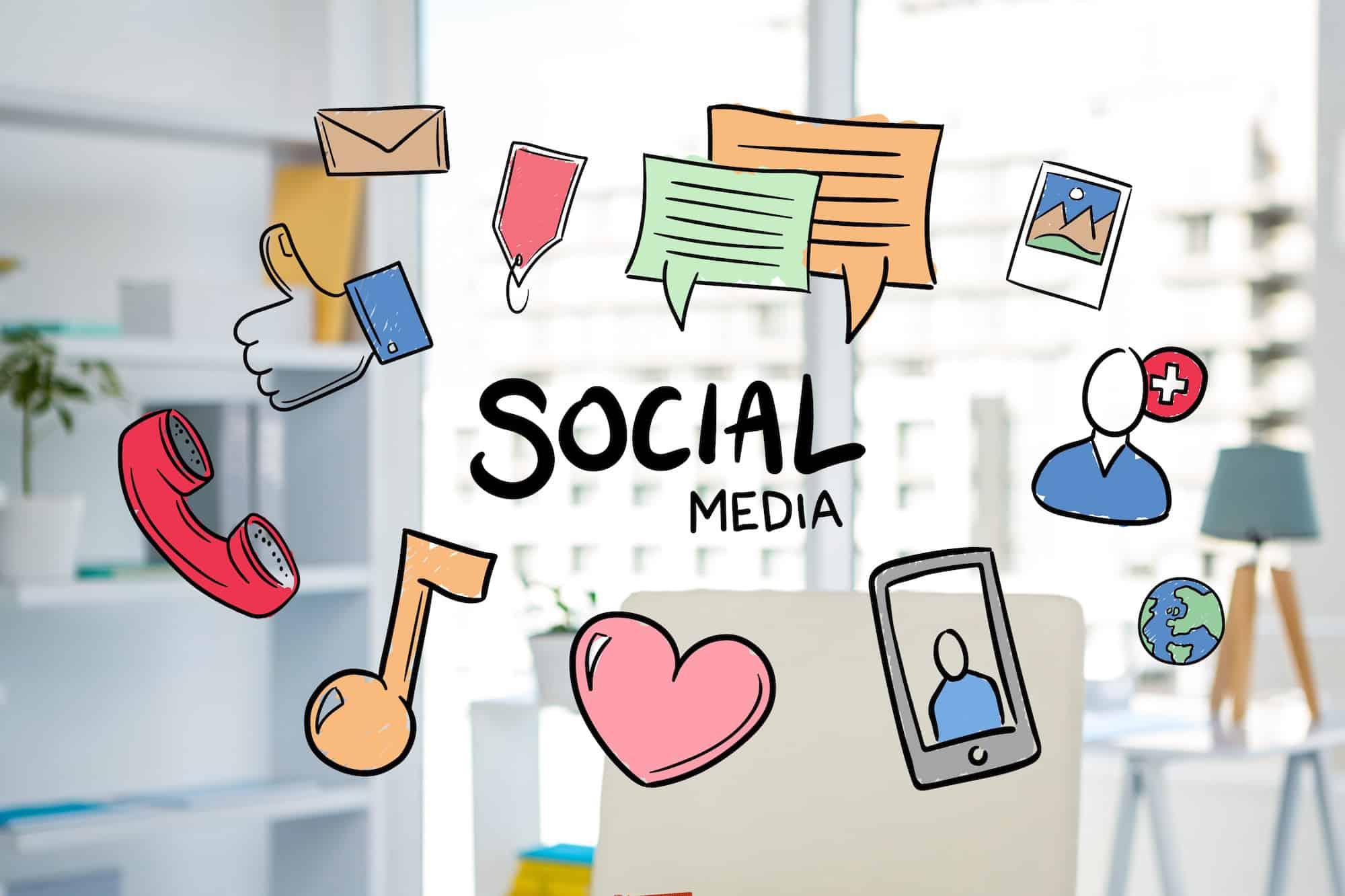 اثر التواصل الاجتماعي على التطور