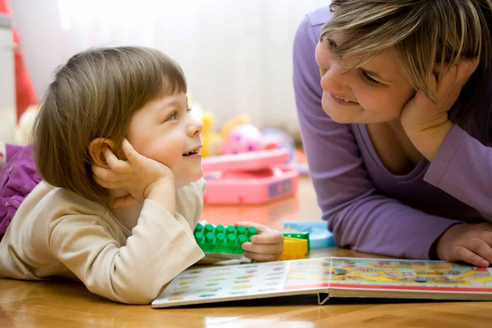 كيفيه تطوير مهارات اللغه عن طريق اللعب عند الاطفال