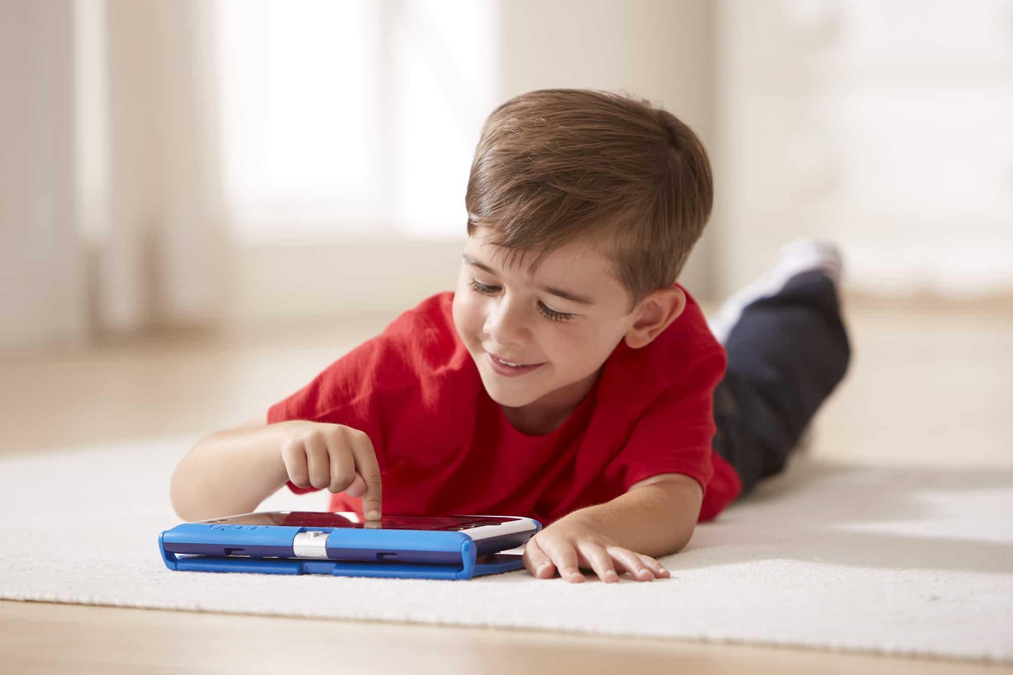 كيف أوسع مدارك طفلي في تعلم الحروف