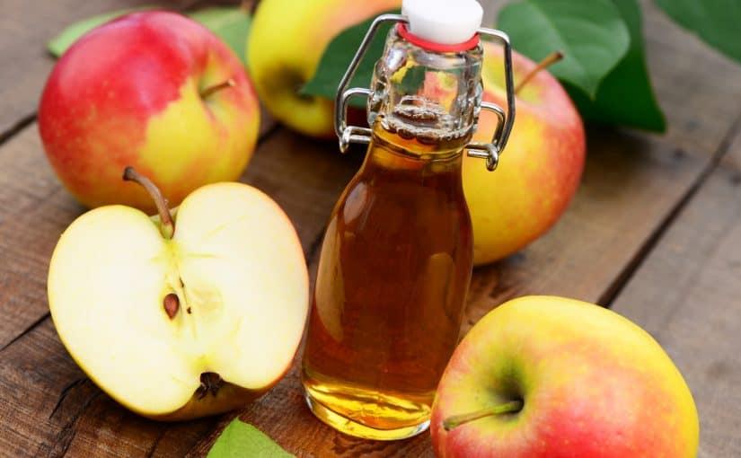 كيفية استعمال خل التفاح في ازالة الزوائد الجلدية