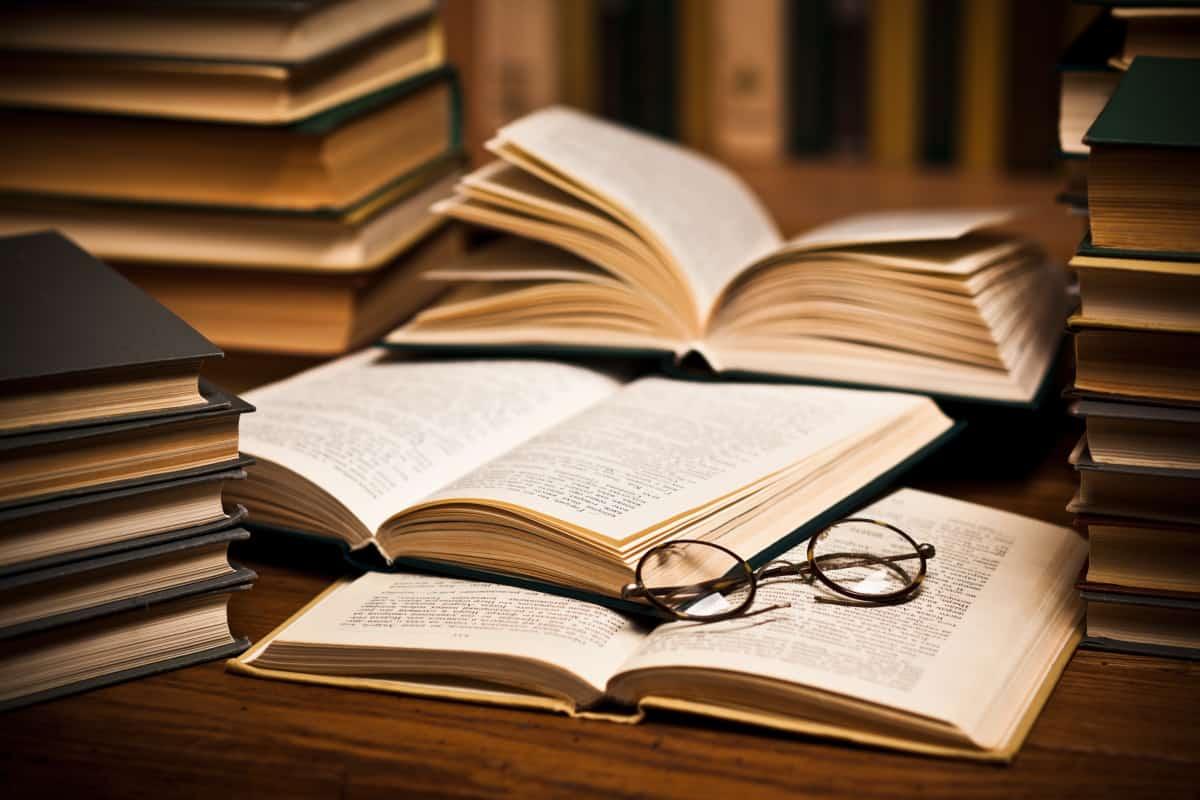 أجمل كتب مفيدة تستحق القراءة