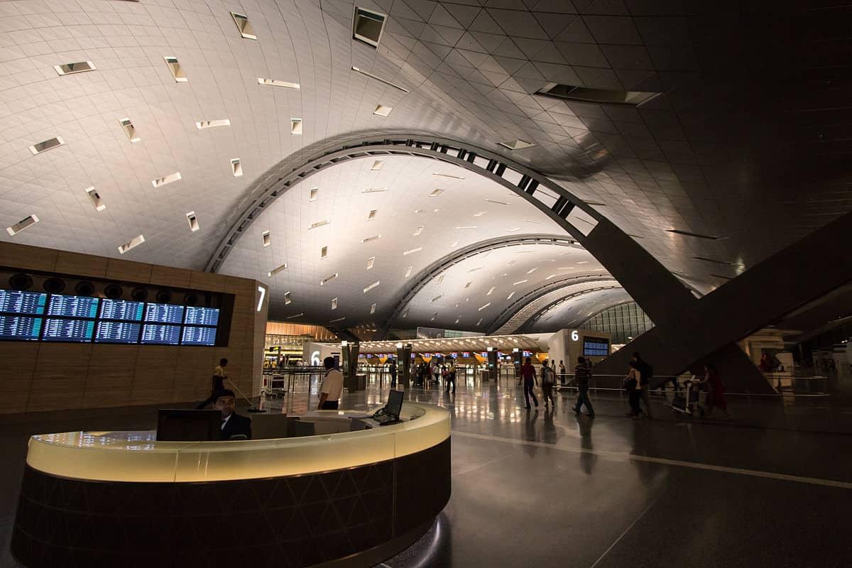 هل يوجد مكان للنوم في مطار الدوحة