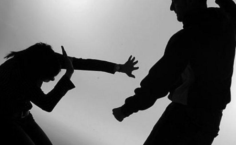 العنف-اسبابه-واضراره-قصير-جدا