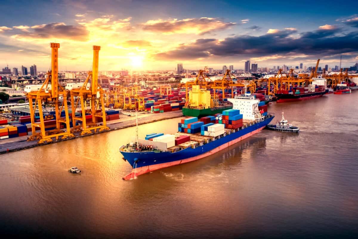 أفضل شركات الشحن في دبي موسوعة