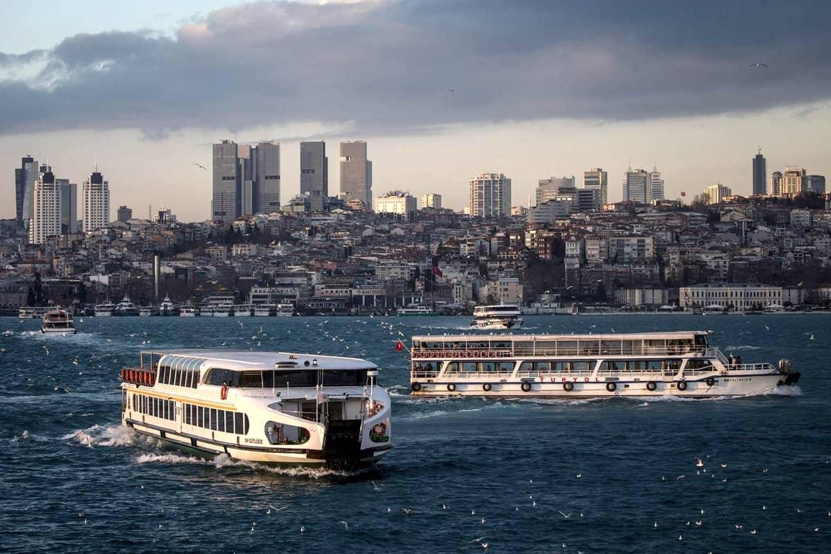 المواصلات بين إسطنبول وأنقرة