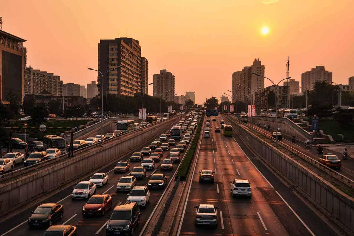 اذاعة مدرسية عن السلامة المرورية