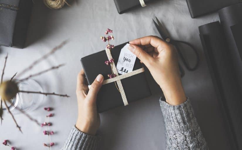 كيفية اختيار الهدايا