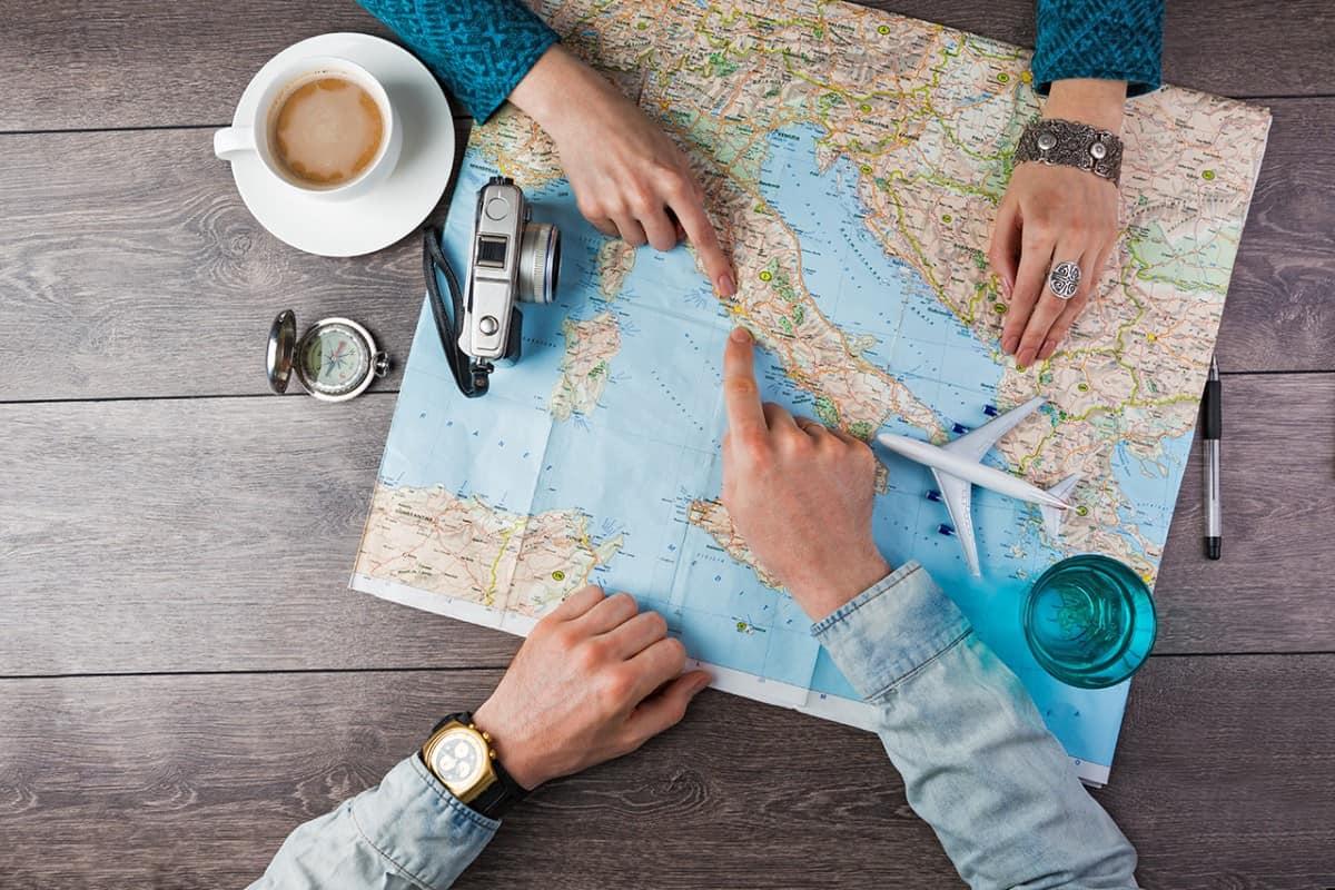 كيفية السفر الى الخارج
