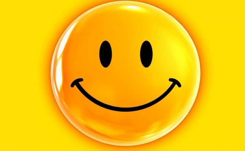 اذاعة بالانجليزي عن الابتسامة