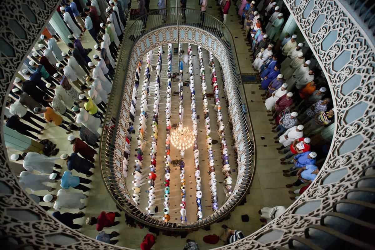 صحة لله عتقاء في اخر ليلة من رمضان
