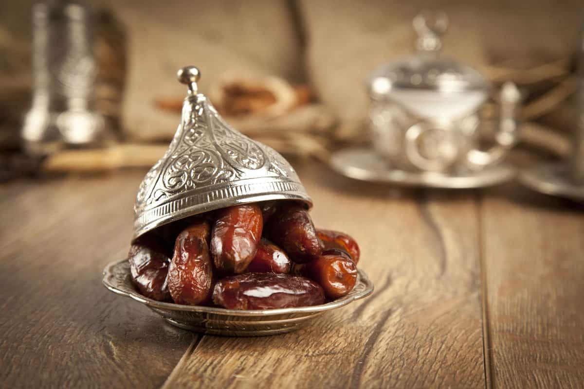 ما حكم من افطر في رمضان