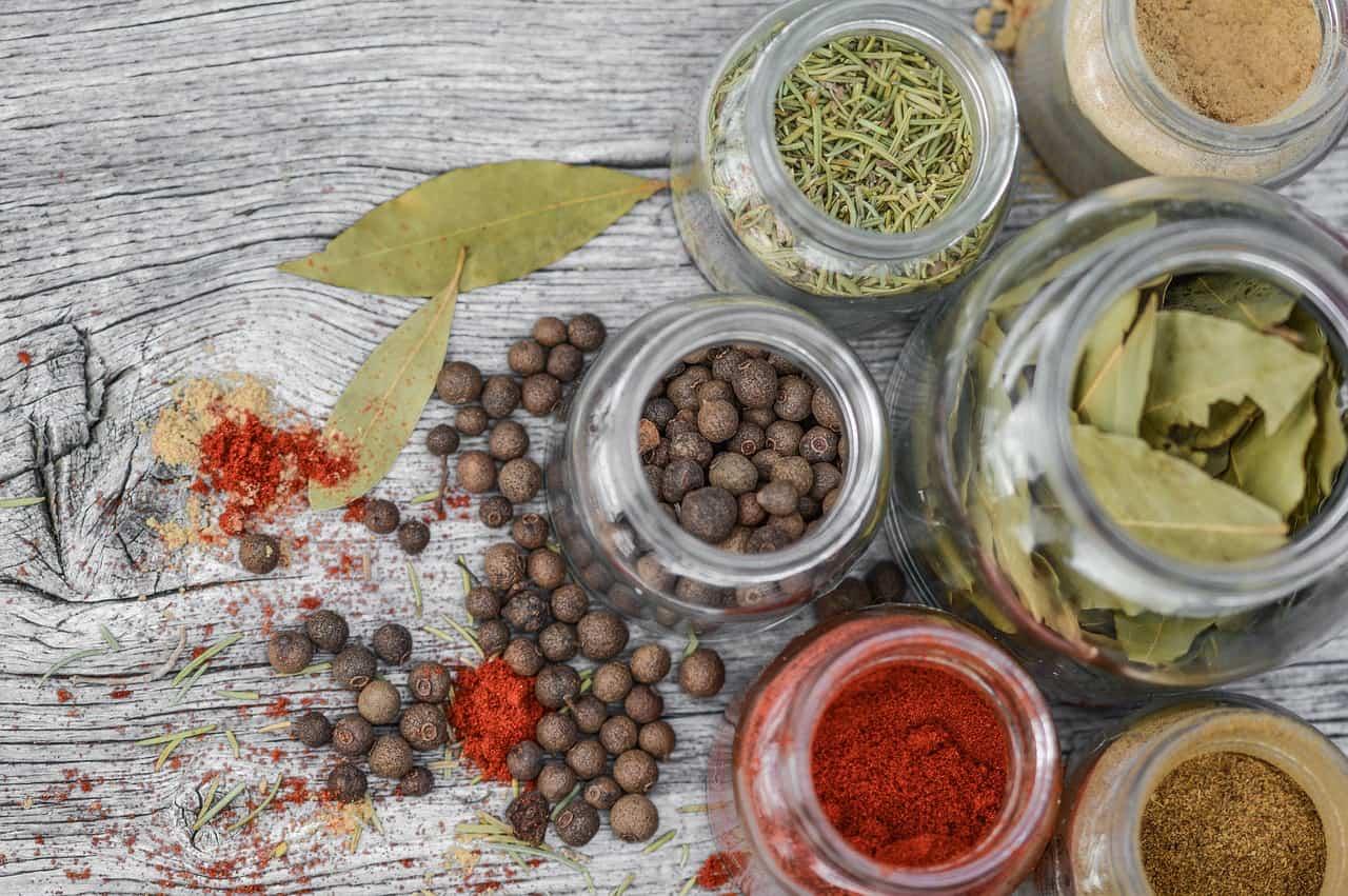 علاج حموضة المعدة بالاعشاب