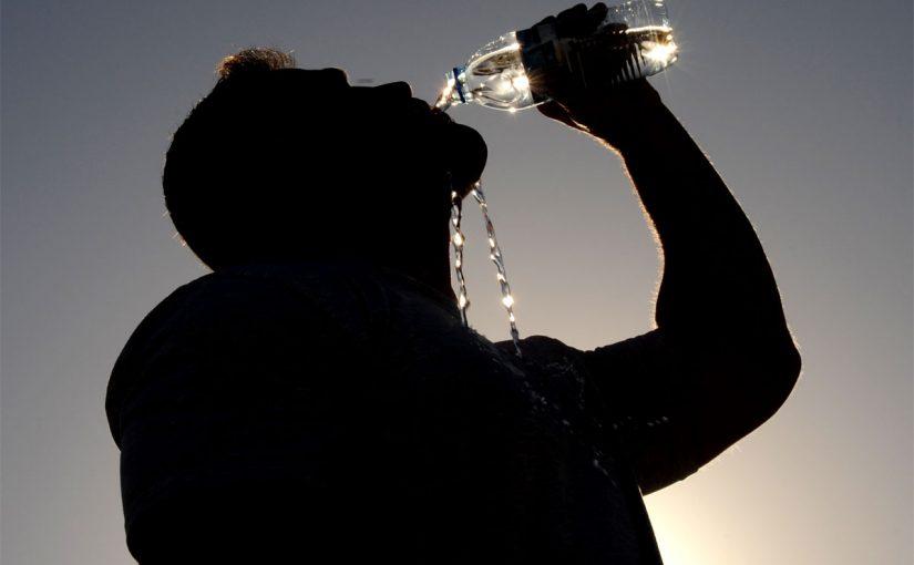 حكم شرب الماء من شدة العطش في رمضان